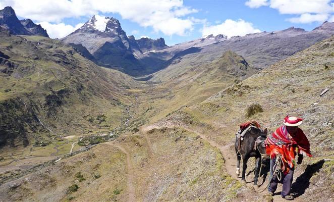 trekking-machu-picchu-lares amazonas-explorer_com