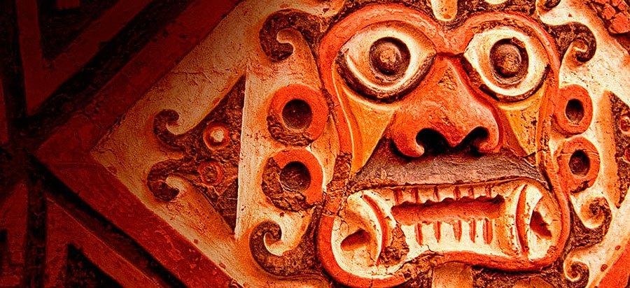 Tallado de un Dios de la cultura moche